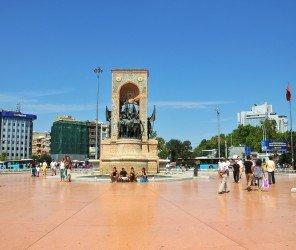 塔克辛廣場整容,蓋齊(Gezi)公園添綠意(12.17)