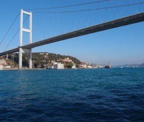 伊斯坦堡第三座跨海大橋將在2016上半年開通(12.24)