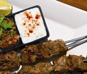 吃沙威瑪打嗝遭罰 奧地利男子受邀至伊堡餐廳(03.04)