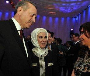 土耳其總統夫人於世界人道主義高峰會發表演說(05.24)