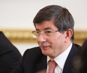 土耳其總理達吾特奧盧將辭去執政黨黨主席一職(05.05)