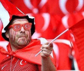 土耳其國家足球代表隊止步返國(06.24)