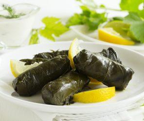 土耳其國民美食,一口接一口的葡萄葉捲飯