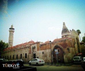 【阿達納】見證老歷史的烏盧清真寺(Ulu Cami)
