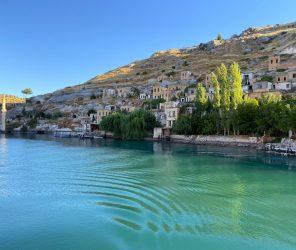 沉没在幼发拉底河下 被牺牲的古老村庄:哈尔费蒂(Halfeti)