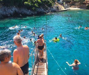 費提耶經典12島遊船 歐美風的一日度假