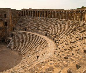 【安塔利亞】保存最完整的古羅馬劇場:阿斯班多斯(Aspendos)